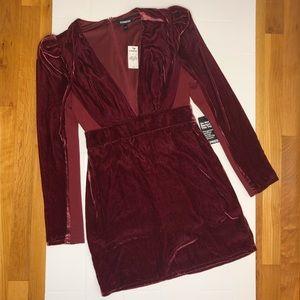 🆕 EXPRESS / deep v neck dress